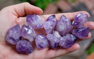 Сиреневый камень — драгоценные и полудрагоценные минералы