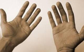 К чему чешется на правой руке мизинец: народная примета
