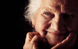Видеть во сне бабушку умершую, живой к чему снится по соннику