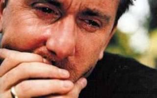 Во сне плакать по умершему: значение и толкование сна